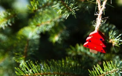 10 Realistic Ways You Can Stay Healthy Throughout the Holidays